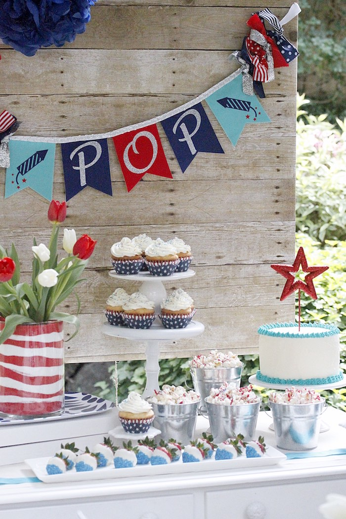 """Pop"" party table from a ""Sweet Liberty"" July 4th Celebration on Kara's Party Ideas 
