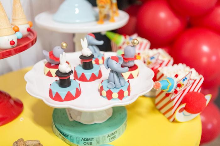 Circus Oreos from a Circus Birthday Party on Kara's Party Ideas | KarasPartyIdeas.com (23)
