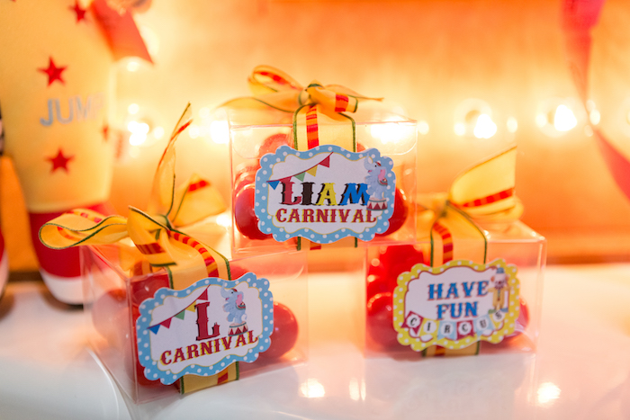 Favor boxes from a Circus Birthday Party on Kara's Party Ideas | KarasPartyIdeas.com (20)