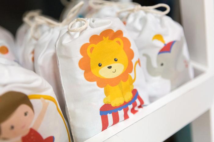 Drawstring circus favor bag from a Circus Birthday Party on Kara's Party Ideas | KarasPartyIdeas.com (27)