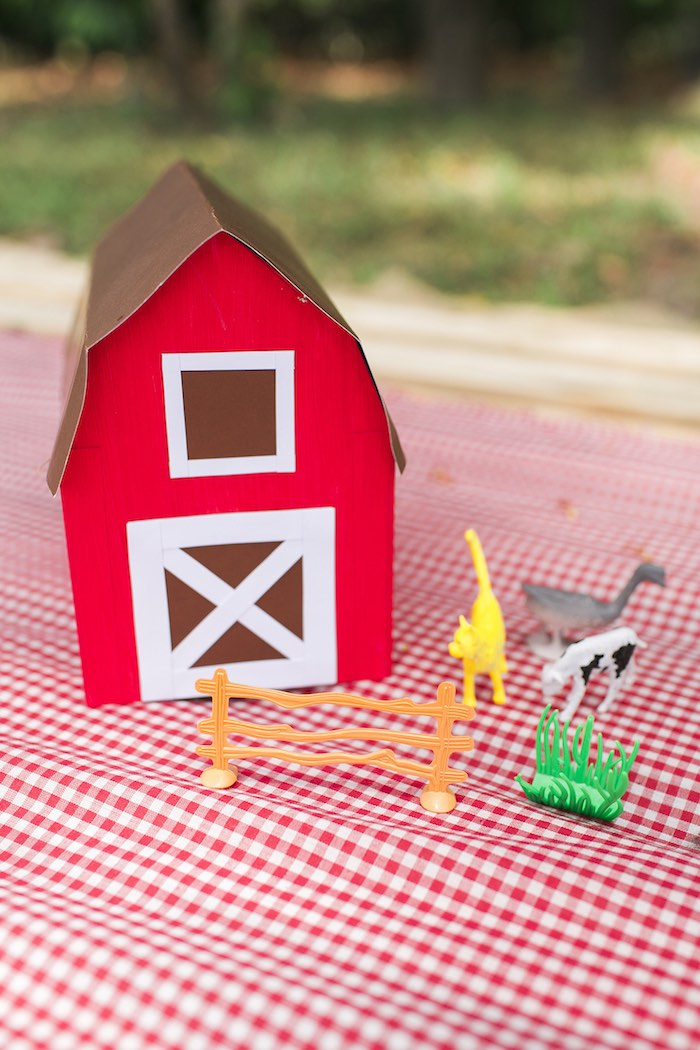 Barnyard guest table decor from a Farm Birthday Party on Kara's Party Ideas | KarasPartyIdeas.com (51)