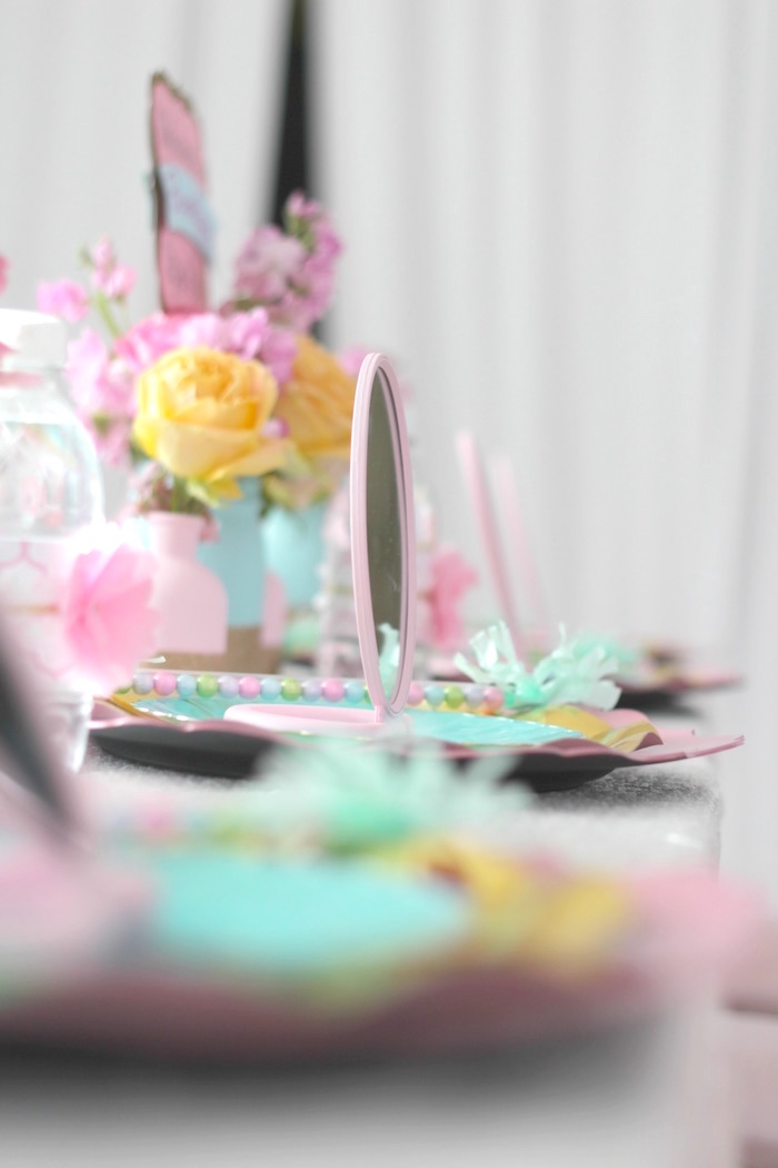 Guest tablescape from a Glam Spa Retreat Birthday Party on Kara's Party Ideas | KarasPartyIdeas.com (28)