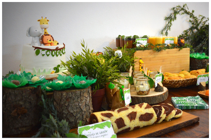 Jungle Animal Birthday Party on Kara's Party Ideas | KarasPartyIdeas.com (6)