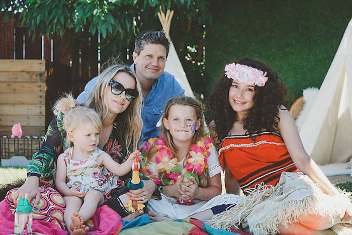 Modern Hawaiian Moana Birthday Party on Kara's Party Ideas | KarasPartyIdeas.com (12)