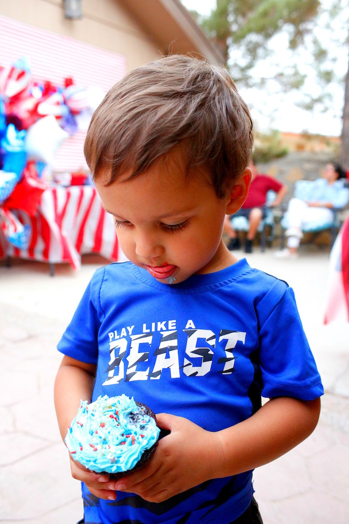 Patriotic Red, White, and Blue Barbecue on Kara's Party Ideas | KarasPartyIdeas.com (8)