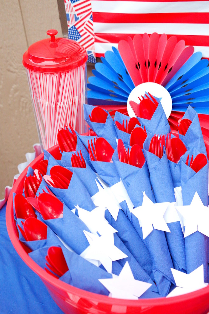 Patriotic napkin rings from a Patriotic Red, White, and Blue Barbecue on Kara's Party Ideas | KarasPartyIdeas.com (4)