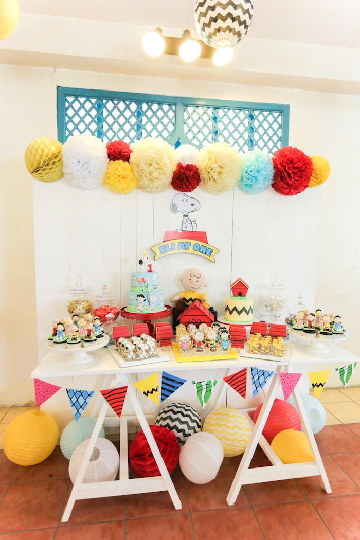 Kara's Party Ideas Peanuts + Snoopy Birthday Party | Kara ...
