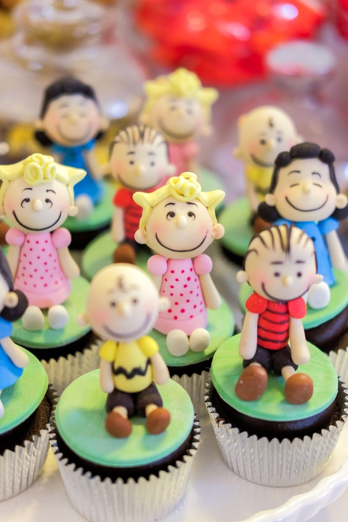 Cupcakes from a Peanuts + Snoopy Birthday Party on Kara's Party Ideas | KarasPartyIdeas.com (18)