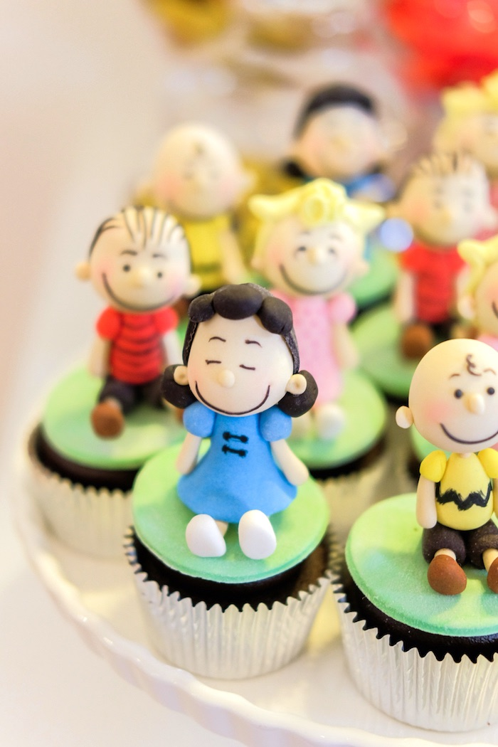 Cupcakes from a Peanuts + Snoopy Birthday Party on Kara's Party Ideas | KarasPartyIdeas.com (17)