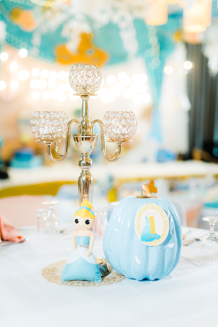 Cinderella Table Centerpieces From A Vintage Birthday Party On Karas Ideas