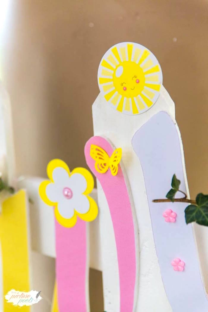 Paper detail from a You Are My Sunshine Birthday Party on Kara's Party Ideas | KarasPartyIdeas.com (18)