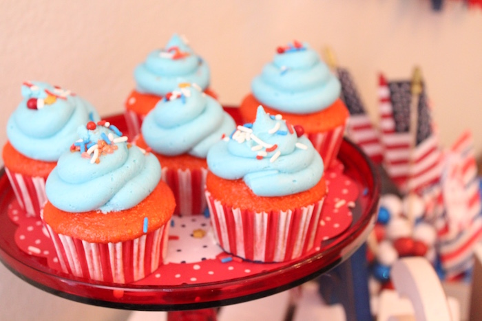 Cupcakes from a 4th of July Party on Kara's Party Ideas | KarasPartyIdeas.com (7)
