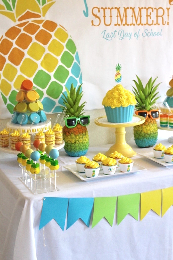 Dessert Tablescape From An Aloha Summer Party On Kara S Ideas Karaspartyideas