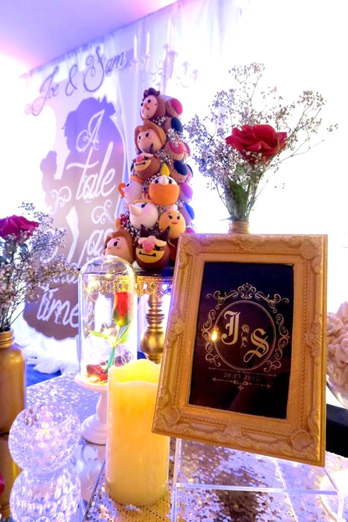 Kara 39 s party ideas beauty and the beast inspired wedding for 13 ka table