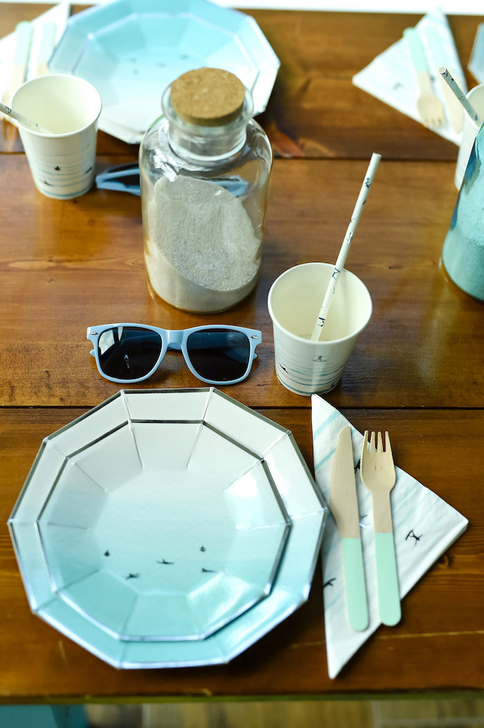 Ombre place setting from a California Surf Birthday Party on Kara's Party Ideas | KarasPartyIdeas.com (32)