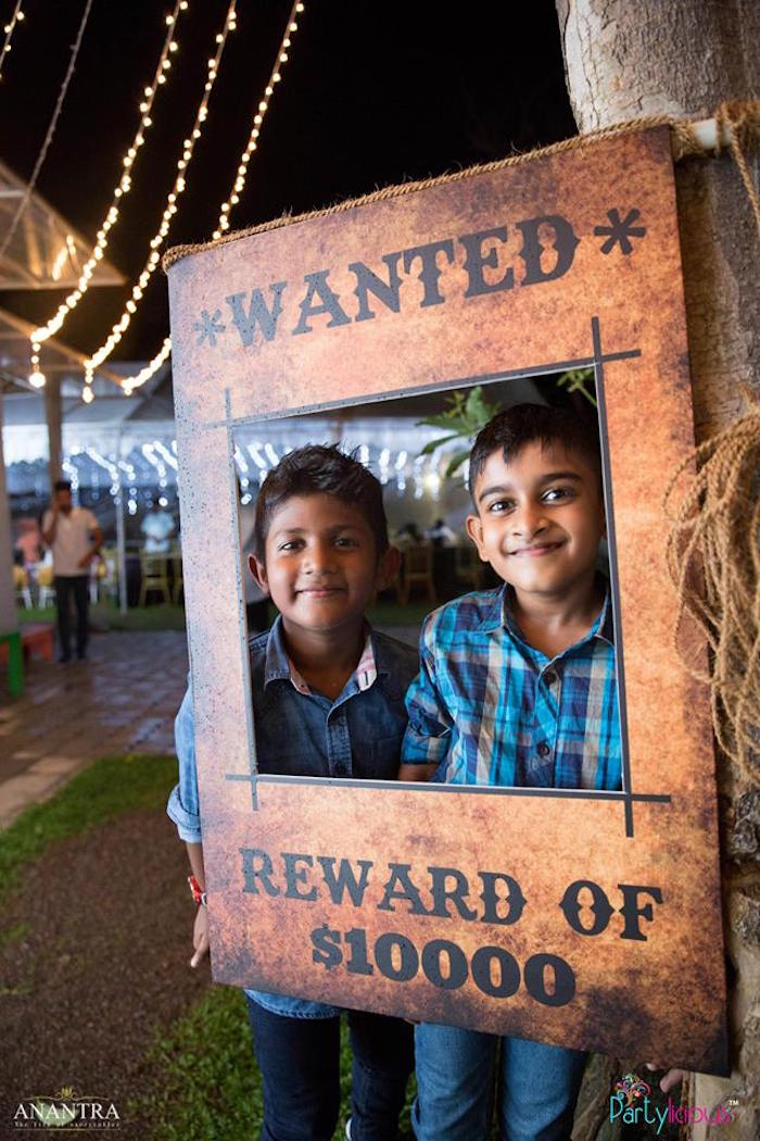Wanted photo frame from a Cowboys & Cowgirls Joint Birthday Party on Kara's Party Ideas | KarasPartyIdeas.com (34)