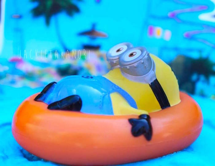 Floating Minion cake topper from a Despicable Me 3 Luau Party on Kara's Party Ideas   KarasPartyIdeas.com (13)