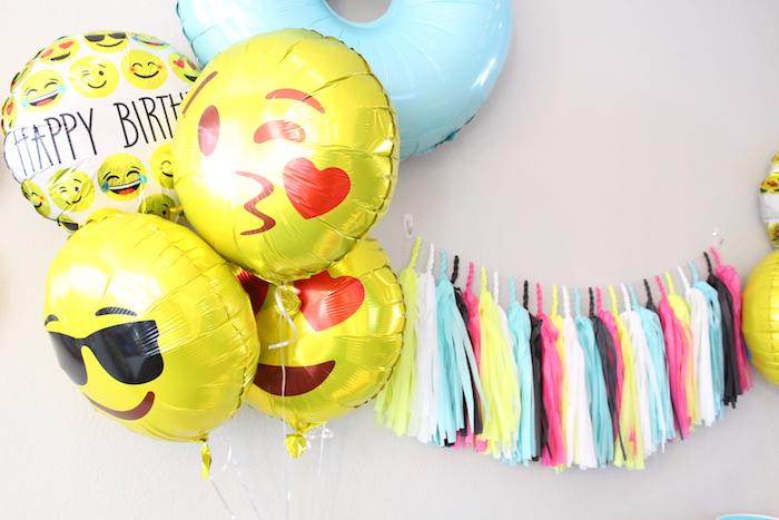 Emoji balloons from a Emoji Birthday Party on Kara's Party Ideas | KarasPartyIdeas.com (14)