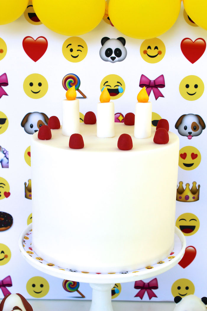 Kara S Party Ideas Stellar Emoji Birthday Party Kara S Party Ideas
