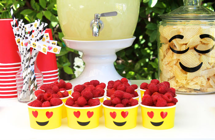 Emoji Berry Cups From An Birthday Party On Karas Ideas