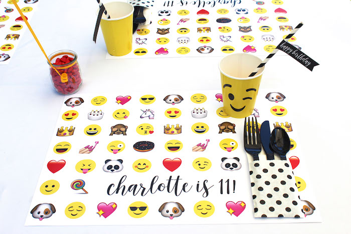 Emoji place setting from an Emoji Birthday Party on Kara's Party Ideas | KarasPartyIdeas.com (42)