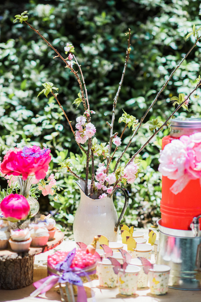 Beverage dispenser, cups and blooms from an Enchanted Fairy Garden Birthday Party on Kara's Party Ideas | KarasPartyIdeas.com (20)