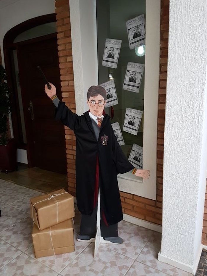 Harry Potter Standee from a Hogwarts Harry Potter Birthday Party on Kara's Party Ideas | KarasPartyIdeas.com (29)