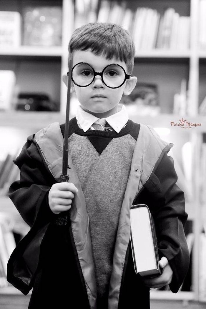 Hogwarts Harry Potter Birthday Party on Kara's Party Ideas | KarasPartyIdeas.com (25)