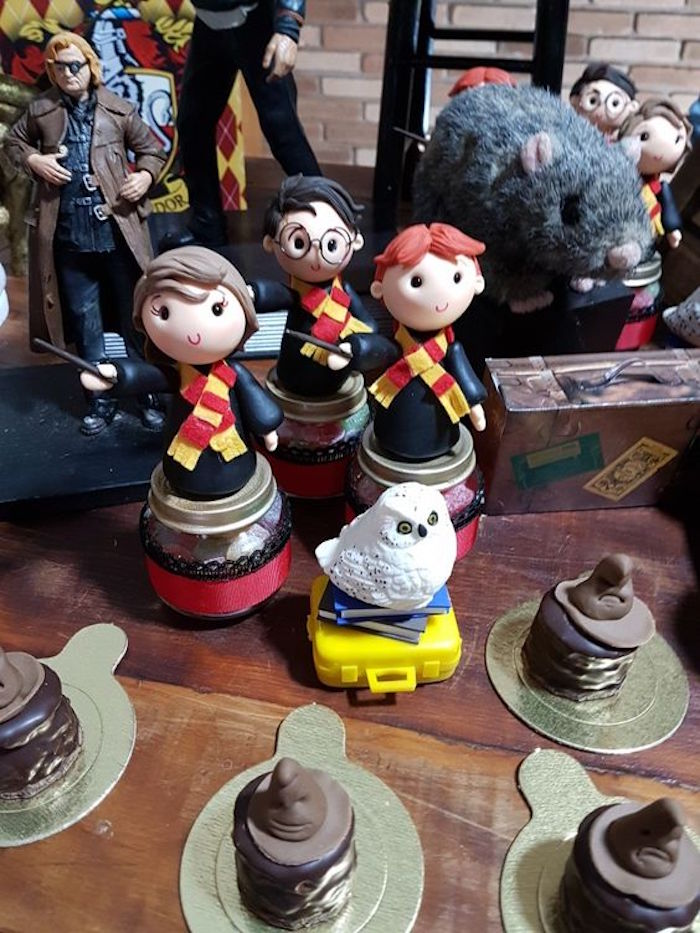 Harry Potter favors jars from a Hogwarts Harry Potter Birthday Party on Kara's Party Ideas | KarasPartyIdeas.com (15)