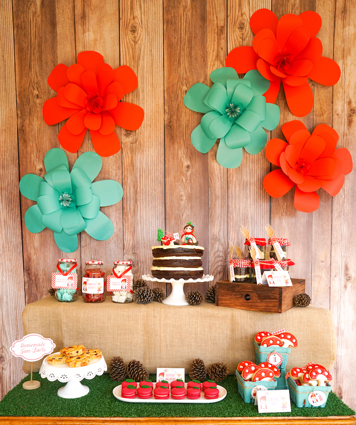 10 Most Popular Parties Round Up from Sunshine Parties on Kara's Party Ideas | KarasPartyIdeas.com (6)