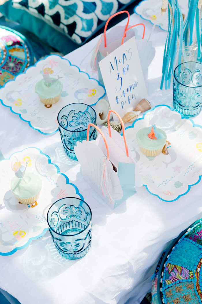 Guest table details from a Make a Splash Mermaid Birthday Party on Kara's Party Ideas | KarasPartyIdeas.com (12)