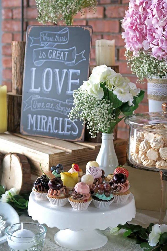 Cupcakes from a Rustic Romantic Wedding on Kara's Party Ideas | KarasPartyIdeas.com (6)
