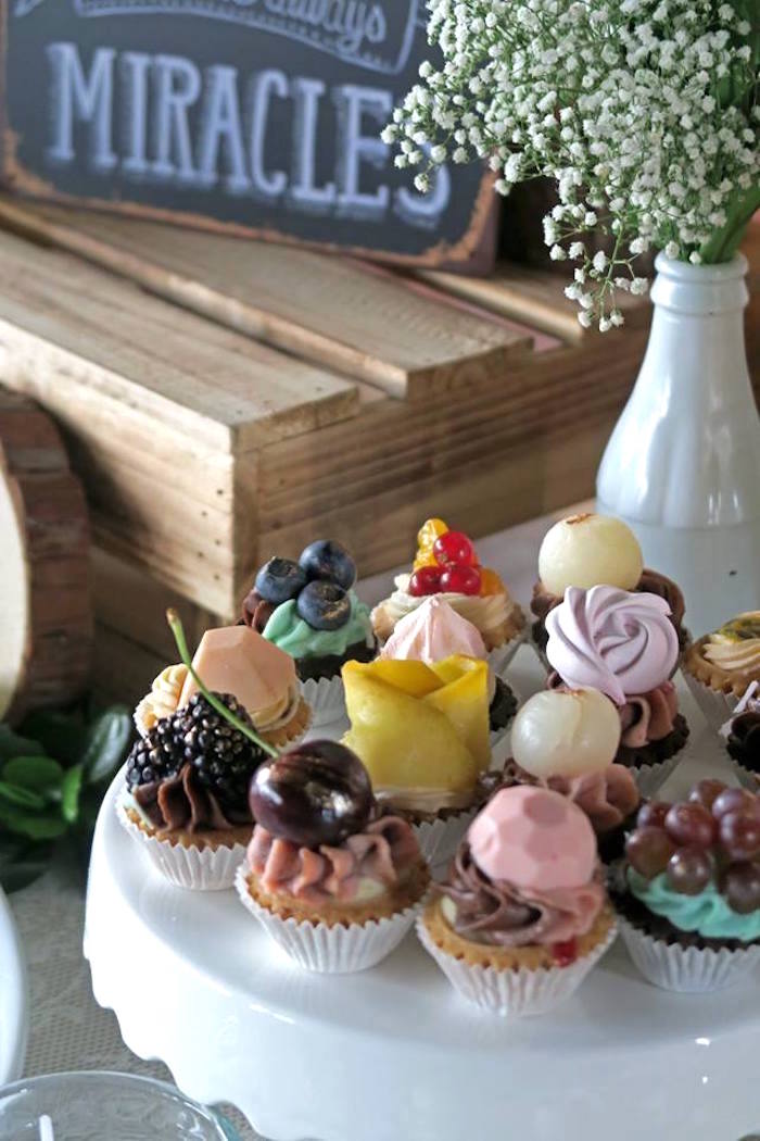 Cupcakes from a Rustic Romantic Wedding on Kara's Party Ideas | KarasPartyIdeas.com (23)
