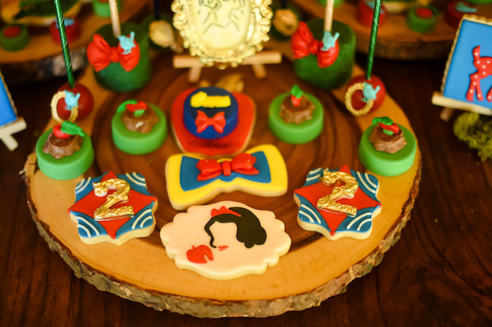 Snow White Fairytale Birthday Party on Kara's Party Ideas | KarasPartyIdeas.com (30)