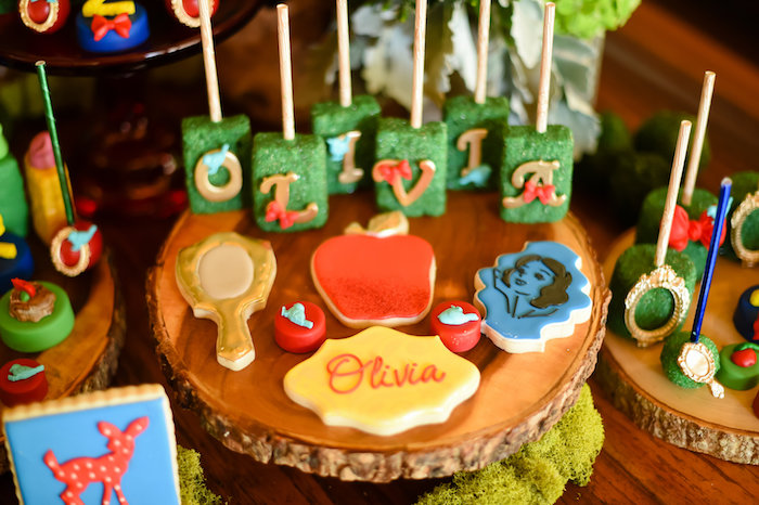 Snow White Fairytale Birthday Party on Kara's Party Ideas | KarasPartyIdeas.com (24)