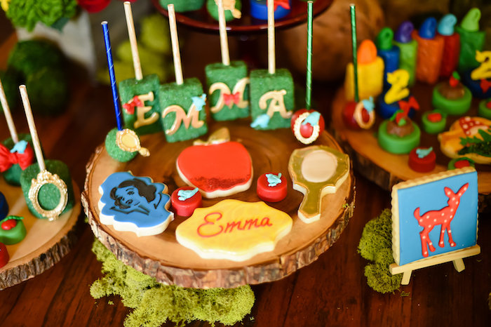 Snow White Fairytale Birthday Party on Kara's Party Ideas | KarasPartyIdeas.com (23)