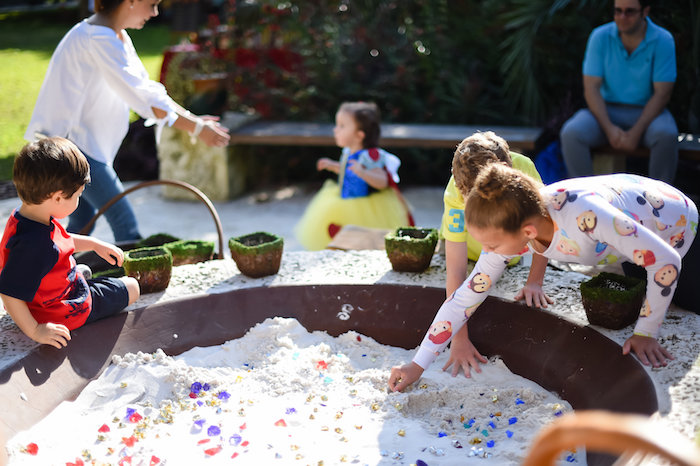 Snow White Fairytale Birthday Party on Kara's Party Ideas | KarasPartyIdeas.com (11)