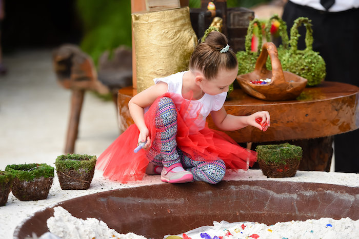 Snow White Fairytale Birthday Party on Kara's Party Ideas | KarasPartyIdeas.com (6)