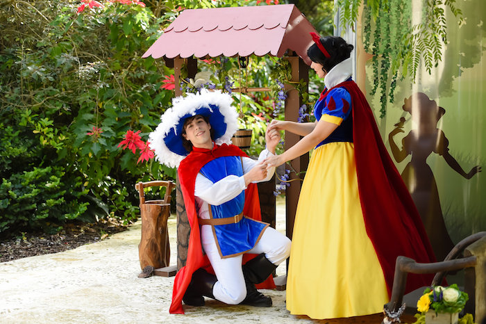 Snow White Fairytale Birthday Party on Kara's Party Ideas | KarasPartyIdeas.com (3)