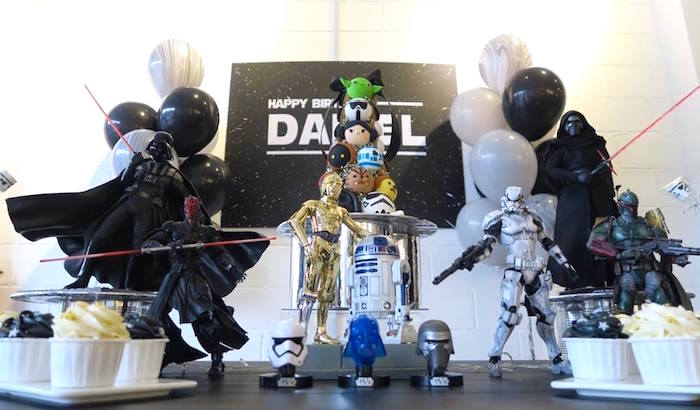 Star Wars Birthday Party on Kara's Party Ideas | KarasPartyIdeas.com (18)