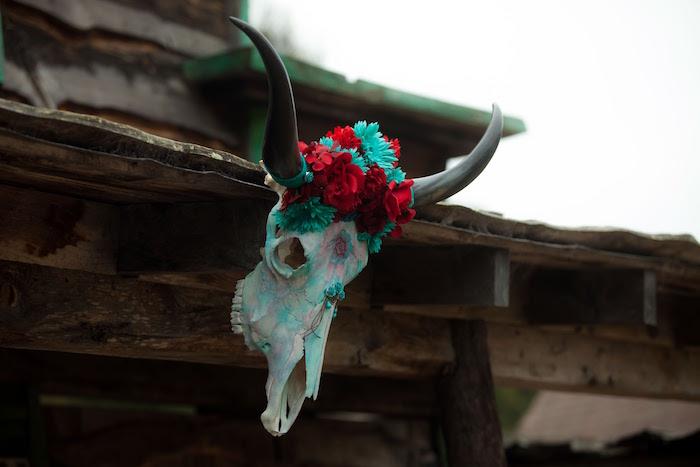 "Skull from a ""Barn"" Mitzvah - A Barnyard Themed Bat MItzvah on Kara's Party Ideas | KarasPartyIdeas.com (9)"