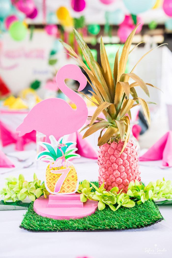 Tropical flamingo table centerpiece from a Chic Flamingo Birthday Party on Kara's Party Ideas | KarasPartyIdeas.com (26)