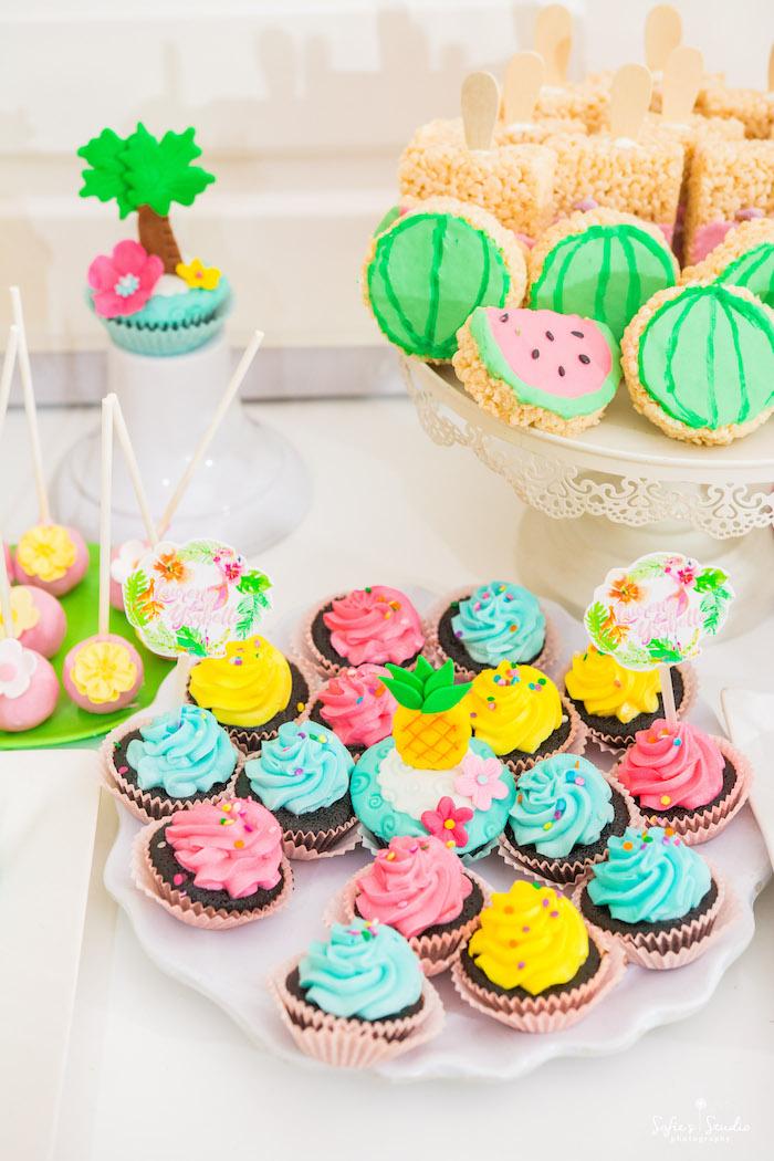 Cupcakes from a Chic Flamingo Birthday Party on Kara's Party Ideas | KarasPartyIdeas.com (22)