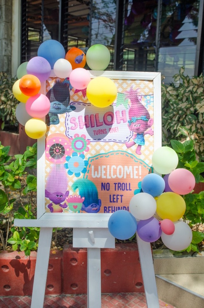Dreamworks Trolls Welcome Sign from a Colorful Trolls Birthday Party on Kara's Party Ideas | KarasPartyIdeas.com (5)