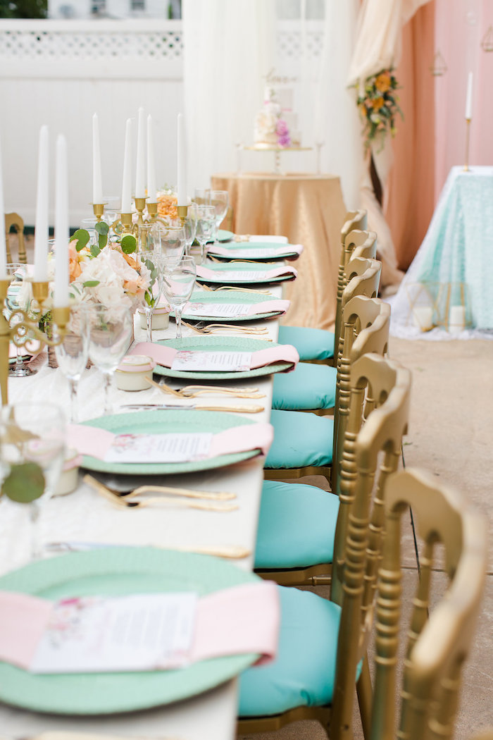 Guest tablescape from an Elegant Backyard Wedding on Kara's Party Ideas | KarasPartyIdeas.com (10)