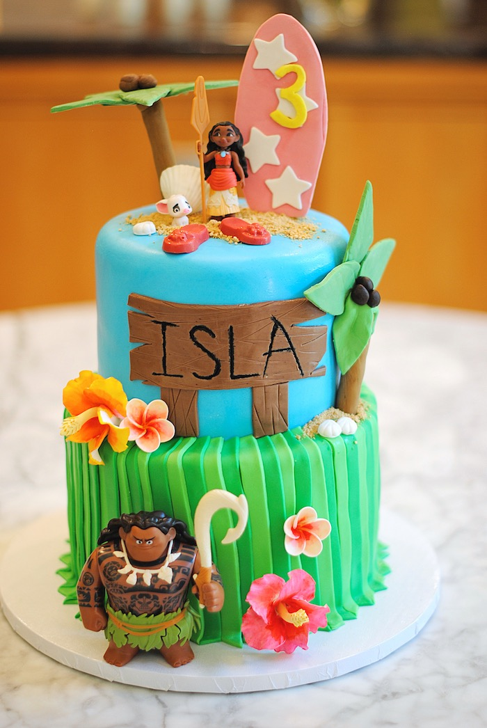 Moana Cake from a Moana Hawaiian Luau Birthday Party on Kara's Party Ideas | KarasPartyIdeas.com (13)