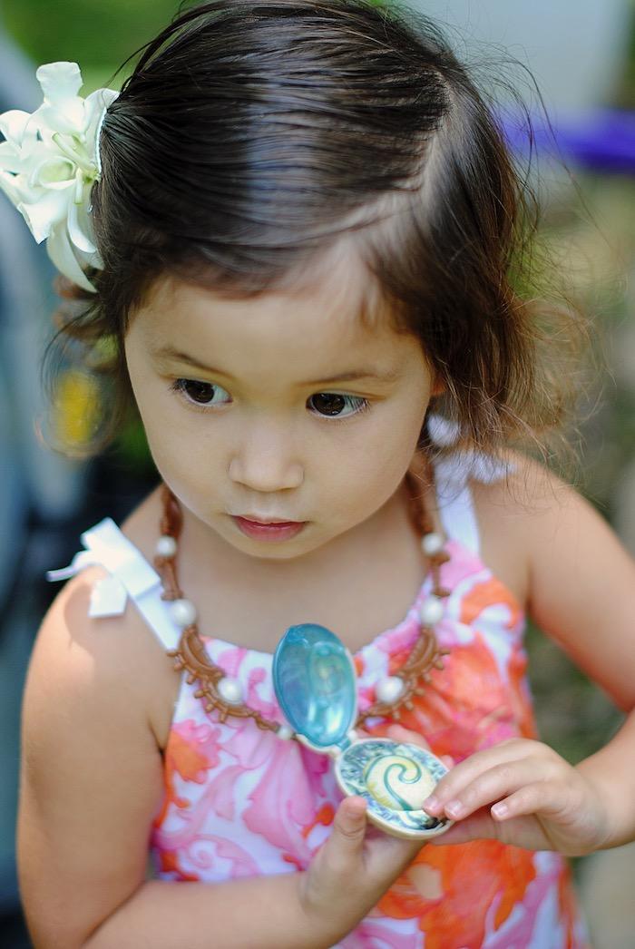 Moana Hawaiian Luau Birthday Party on Kara's Party Ideas | KarasPartyIdeas.com (8)