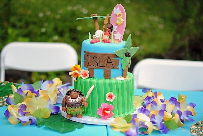 Moana Cake from a Moana Hawaiian Luau Birthday Party on Kara's Party Ideas | KarasPartyIdeas.com (7)