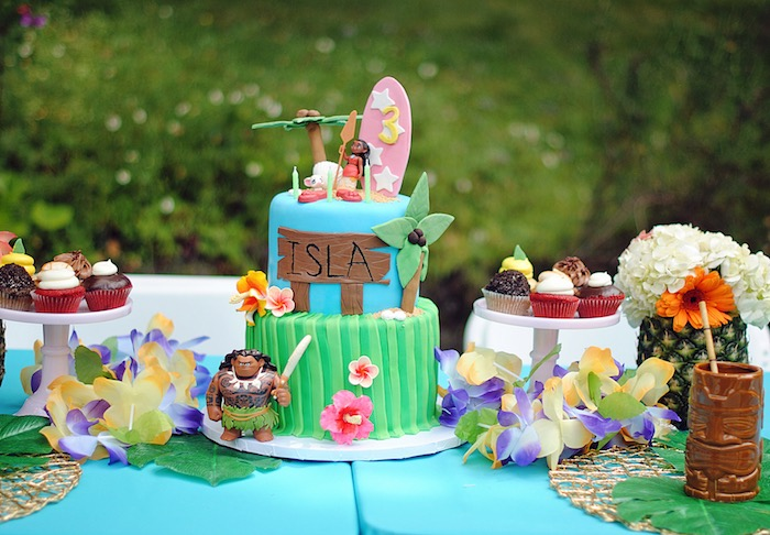 Cake table from a Moana Hawaiian Luau Birthday Party on Kara's Party Ideas | KarasPartyIdeas.com (5)