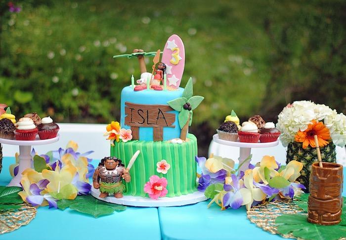 Cake table from a Moana Hawaiian Luau Birthday Party on Kara's Party Ideas | KarasPartyIdeas.com (5)